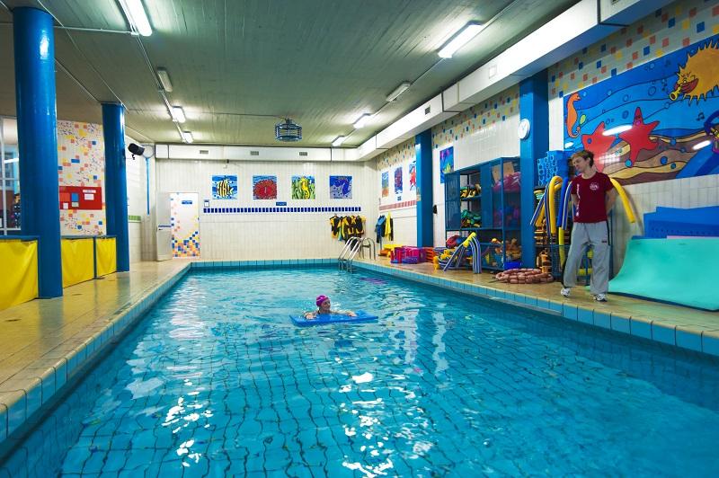 Vasca Da 25 Metri Tempi : Torino nuoto piscina
